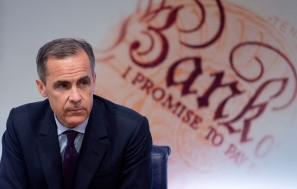 epa05142915 Bank of England Governor Mark Carney speaks during a press conference at the Bank of England in London, Britain, 04 February 2016. The Bank of England has cut its prediction for growth for 2016 from 2.5 per cent to 2.2 per cent and has decided to keep interest rates at 0.5 per cent. EPA/WILL OLIVER